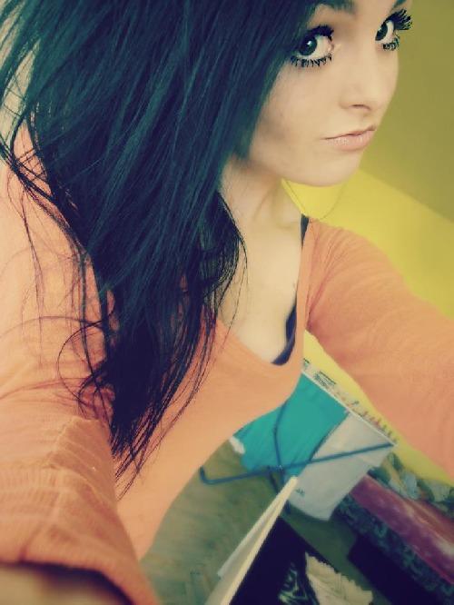 Já chtěla tebe, ty si nechtěl mě, teď ?...Já nechci tebe a ty?..Udělal by si všechno proto abych byla tvoje :))